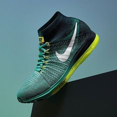 Nike Zoom All Out Flyknit: Jade