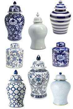 We are all about that blue and white life! We've rounded up our favorite affordable ginger jars that give our homes the perfect chinoiseric chic touch! Click the photo to get the links to all these pretties! Blue And White Lamp, Blue And White China, White Kitchen Decor, White Decor, Vasos Vintage, Carpenter Bee Trap, Blue Pottery, Ceramic Pottery, Keramik Vase