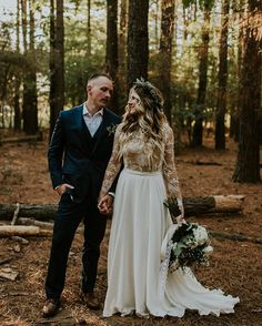 Some boho rustic charm comin' your way courtesy of #lambandmeadow // dress by @ruedeseinebridal