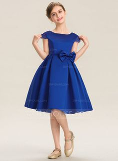 JJsHouse A-Line Scoop Neck Knee-Length Satin Junior Bridesmaid Dress With Lace Bow(s) African Dresses For Kids, Little Girl Dresses, Flower Girl Dresses, Girls Bridesmaid Dresses, Girls Dresses, Girls Frock Design, Kids Dress Wear, Baby Girl Dress Patterns, Frocks For Girls