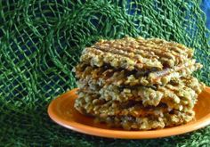 Lentil Panini Burgers are enticement with a twist. They are cooked in a panini press before being assembled as a sandwich or burger. Vegan Sandwich Recipes, Grilled Cheese Recipes, Delicious Vegan Recipes, Burger Recipes, Vegetarian Recipes, Healthy Recipes, Vegetable Recipes, Lentil Burgers, Vegan Burgers