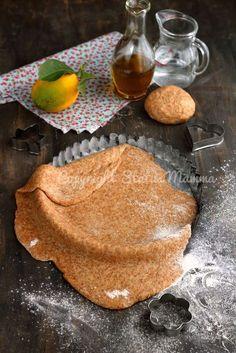 Pasta frolla integrale al limone con olio senza burro, latte e uova