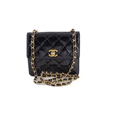 Pre-Owned Chanel Black Vintage Patent Tall Mini Flap 2.55 Bag ($1,599) ❤ liked on Polyvore featuring bags, handbags, black, vintage purse, red patent leather purse, mini handbags, quilted handbags and pre owned handbags