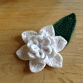Gardenia Flower and Leaf pattern by Suvi   - FREE CROCHET PATTERN