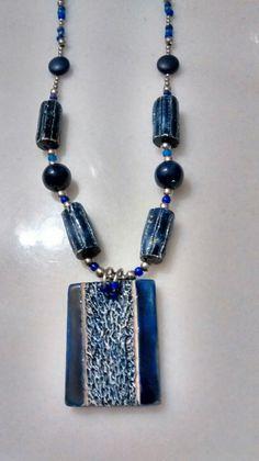 Collar Crivát N°35- 1015 Cerámica y lapizlasuli. cr290