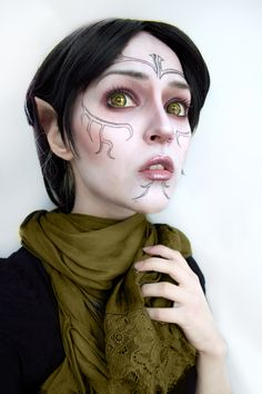 f Elf Bard performer portrait / women's cosplay / Elven costume / makeup / fantasy / otherworldly dress up / SUPAH COOL :D