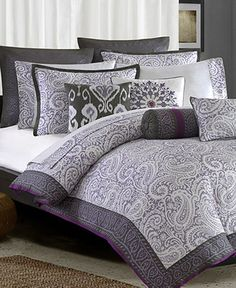 Marrakesh Comforter and Pillows. This is my new bed set for my new room for all of you that I was telling :)