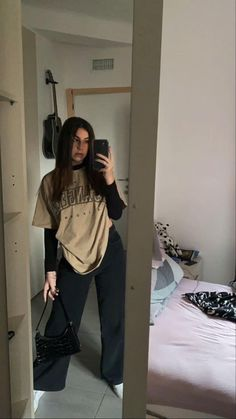 Indie Outfits, Teen Fashion Outfits, Retro Outfits, Fashion Mode, Tomboy Fashion, Streetwear Fashion, Swaggy Outfits, Cute Casual Outfits, Summer Outfits