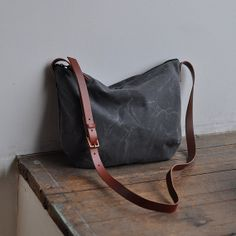 DAY BAG waxed canvas/charcoal by bookhouathome on Etsy