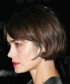 You can change up the look of your bob by letting it dry naturally some days, other days blow-drying it straight. Here, the bob has great texture and waves.