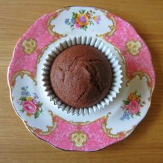 {THE ENDO DIET DIARIES} Chocolate Sour Cream Cupcakes  #xylitol #pcos #insulinresistance