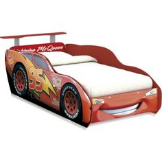 Cool car bed for toddler boys