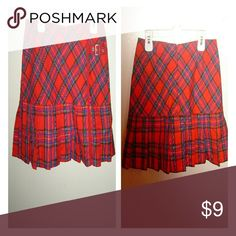 Juniors plaid skirt New without tags / pleated /front buckle detail / back zipper  / 65% polyester? / 35% rayon Limited Too Skirts