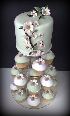Wedding cake #mint #white #wedding inspiration ♥ How to organise your dream wedding, within your budget  https://itunes.apple.com/us/app/the-gold-wedding-planner/id498112599?ls=1=8 Wedding App for brides, grooms, parents  planners … #mint #lime #pastel #pale #emerald #green #country #garden #shabbychic #wedding #ideas #ceremony #reception #tables #flowers #bouquets #cake #rings … For more Shabby Chic wedding ideas http://pinterest.com/groomsandbrides/boards/ ♥