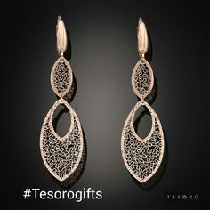 Tesoro's 20 days of Christmas.. Are you dreaming of a Rose Christmas ? If you're, then you will shine bright with these sparkling gold inspirations from #Tesoro Gift Guide. Discover more here at  #TesoroGifts #TesoroItalia #Tesorojewellery #jewellery #designerjewellery #designerfashion #InstaFashion #InstaJewelleryGroup #Designer #ItalianDesigner #ItalianJewellery #HolidayCollection #ChristmasGiftGuide #GiftsforHer #GIftsforMum #ChristmasShopping  #Melbourne #MelbourneShopping…