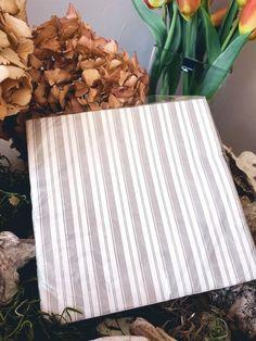 """2,95 €   Servietten """"Streifen"""" Shabby, Vintage Stil, Texture, Wood, Crafts, Dinner Napkins, Cottage Chic, Stripes, Home Decor Accessories"""