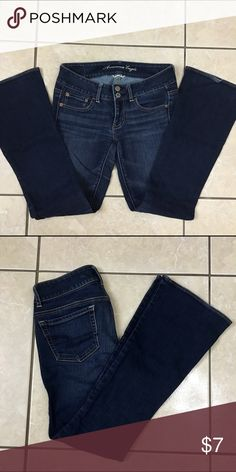 American Eagle artist 2 short Greeat condition! Size 2 Short American Eagle Outfitters Jeans