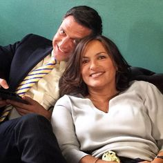 Mariska & Raúl New York Police, Olivia Benson, It Takes Two, Mariska Hargitay, Law And Order, Iron Maiden, Drama Series, American Actress, Tv Shows