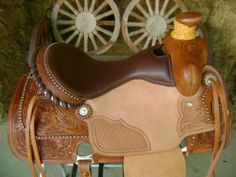 """15"""" LEATHER SILVER DOTTED MONTANA WADE ROPING ROPER WESTERN RANCH HORSE SADDLE"""