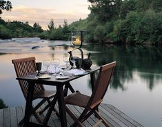 Luxurious Huka Lodge boutique hotel near Lake Taupo is one of the world's top retreats, fabulous for fine dining, fishing or fun in the great outdoors. Romantic Dinner For Two, Romantic Table, Romantic Dinners, Most Romantic Places, Beautiful Places, Huka Lodge, Honeymoon Around The World, Honeymoon Inspiration, Interior Minimalista