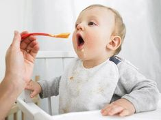 Use this guide to find out what and how much to feed your baby at every stage of development from birth to 12 months.