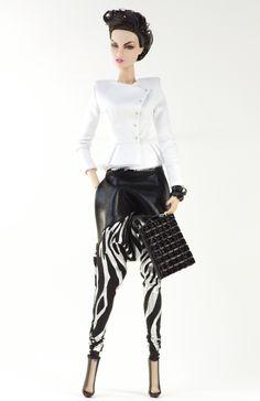 (FR2 body) inc. jacket, top, skirt, bag, boots.
