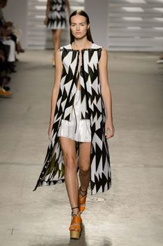 """<p tabindex=""""-1"""" class=""""tmt-composer-block-format-target tmt-composer-current-target"""">Thakoon. Photo: Imaxtree</p>"""