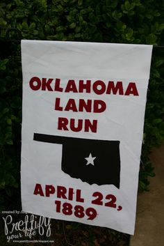 No sew garden flag I made for my Oklahoma Land Run Doorscape.