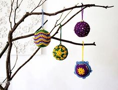 Ravelry: Christmas baubles pattern by Anna Nikipirowicz Crochet Christmas Ornaments, Christmas Tree Ornaments, Christmas Decorations, Little Falls, Crochet Accessories, Christmas Projects, Crochet Projects, Free Pattern, Crochet Earrings