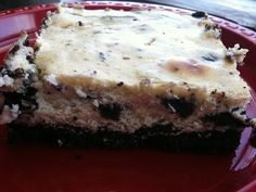 Finished Cookies and Cream Cheesecake by froggybluesock, via Flickr