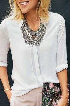 LoLoBu - Women look, Fashion and Style Ideas and Inspiration, Dress and Skirt Look Mode Chic, Mode Style, Style Me, Classy Style, Mode Outfits, Casual Outfits, Mode Vintage, Work Attire, Mode Inspiration