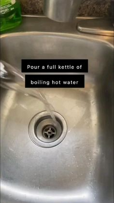 Cleaning Closet, House Cleaning Tips, Cleaning Hacks, Cleaning Supplies, Sink Accessories, Kitchen Sink, Kettle, Life Hacks, Household