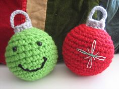 Christmas tree crochet baubles, simple and cute!....Kerry