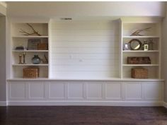 Diy built in shelves around tv built in shelves around fireplace best built in ideas on . diy built in shelves around tv Living Room Built Ins, Living Room Bookcase, Living Room Tv, Rv Living, Fireplace Bookshelves, Living Room Ideas No Fireplace, Bookcases, Tv On Wall Ideas Living Room, Tv Bookcase