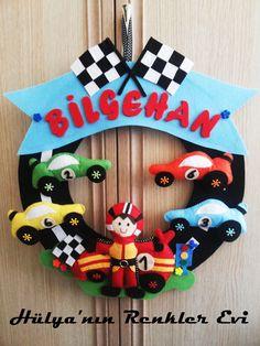 Bilgehan'nın yarış arabaları temalı kapı süsü :))