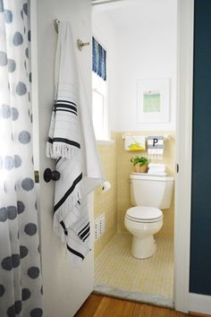 Great Styling Ideas For The Bathroom I Have That Looks Almost Exactly Like  This! On