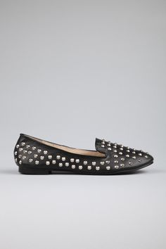 The Ormond Slipper is def a fashion must have and for only $29.95 @ Rubi <3