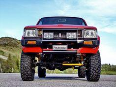 Toyota Hilux LN 46 Vintage fully restored   by Motorsportloralamia    www.motorsportloralamia.com