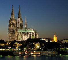 Amazing site in Köln (Cologne) Germany.  This is one of my favorite cathedrals