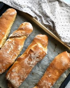 Dough Recipe, Bread Baking, Hot Dog Buns, Scones, Food Inspiration, Baked Goods, Bread Recipes, Cake Decorating, Sandwiches