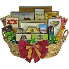 Grand Edition Gourmet Food and Snacks Gift Basket, Large Chocolate Option
