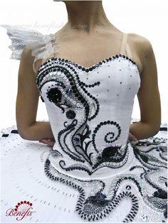 Benefis Asymmetrical Black and White.