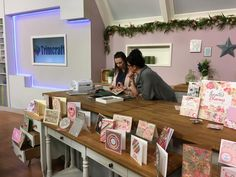On the Create & Craft TV set with Loen Love