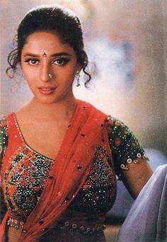 Most Beautiful Bollywood Actress, Indian Bollywood Actress, Indian Actress Hot Pics, Bollywood Girls, Beautiful Actresses, Indian Actresses, Vintage Bollywood, Bollywood Stars, Madhuri Dixit Hot