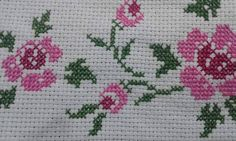 Chicken Scratch, Diy And Crafts, Grande, Top, Farmhouse Rugs, Cross Stitch Flowers, Cross Stitch Embroidery, Craft, Tape