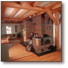 Maine Wood Heat Co. undertakes a masonry heater project in Strong, Maine in an century federal farmhouse. Rocket Mass Heater, Built In Ovens, Wood Fired Oven, Tiny House Cabin, Stove Fireplace, Earth Homes, Rocket Stoves, Stone Houses, Heating Systems