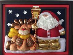 Resultado de imagen para cuadros en falso patchwork navideños Felt Christmas Decorations, Christmas Crafts, Christmas Ideas, Merry Little Christmas, Xmas, Christmas Patchwork, Snowman Quilt, Love Art, Projects To Try