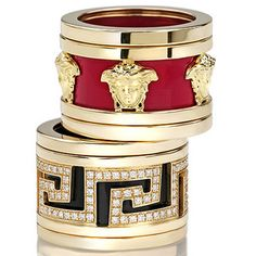 Try a new look with Versace fashion Jewelry New Collection: necklaces, bracelets, rings, tie bars and cufflinks. Shop now on the Versace US Online Store. Jewelry Box, Jewelry Watches, Jewelry Accessories, Fine Jewelry, Fashion Accessories, Jewelry Design, Beaded Jewelry, Bijou Box, Bling