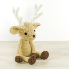 With the help of this written crochet pattern you'll be able to make your own cute deer, 4-way jointed using plastic doll joints (or buttons and thread), with m