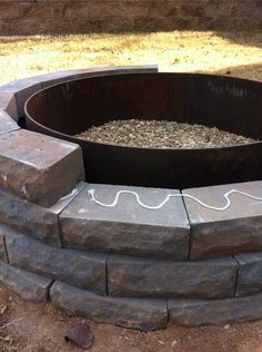 fire pit tutorial: best one I've seen with lots of photos